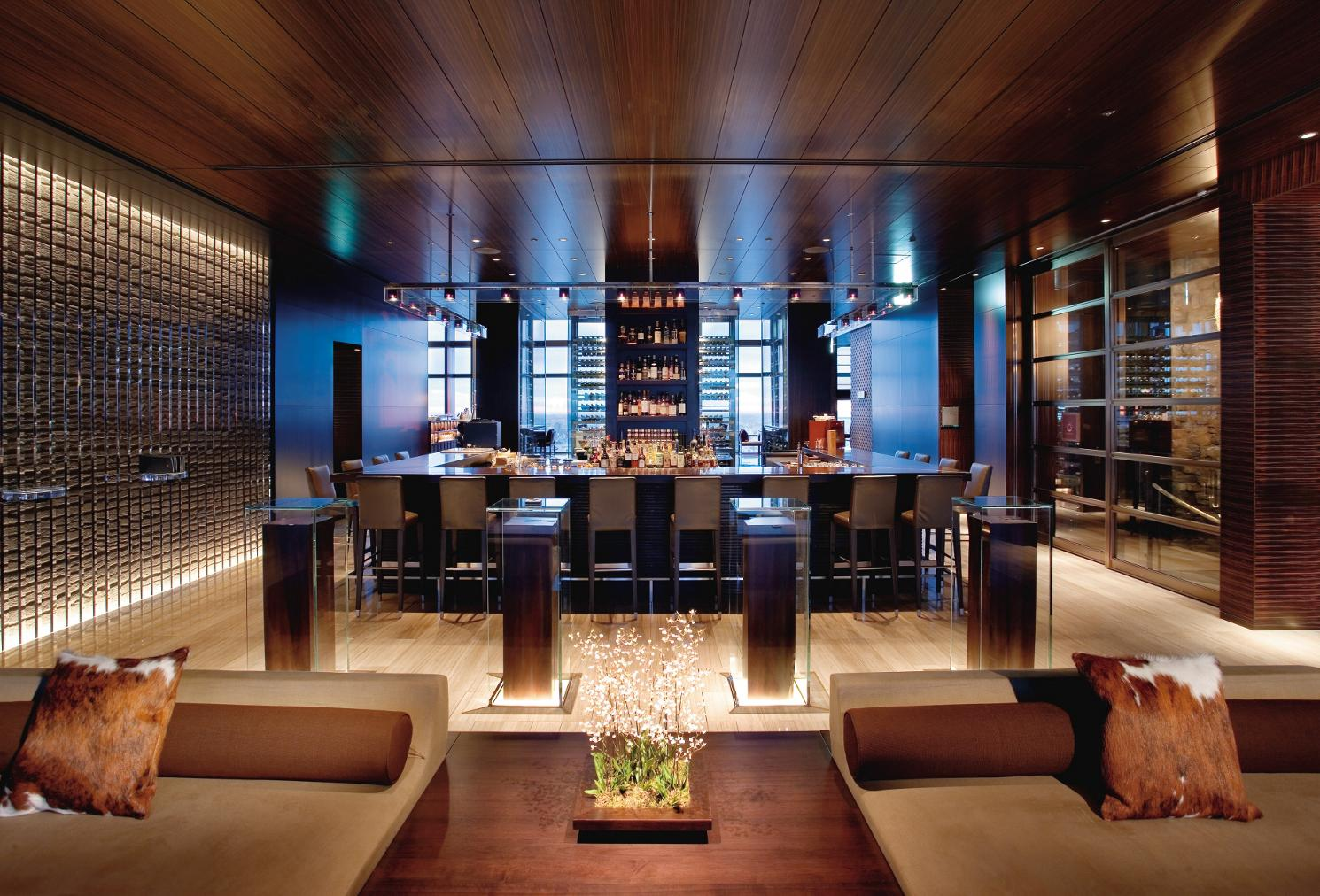 tokyo-restaurant-mandarin-bar-01
